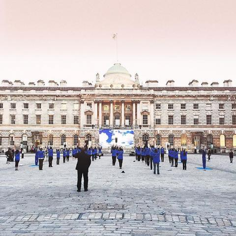 Xu Zhen's MadeIn Company performance last night at Somerset House. A little bit of peaceful meditative calm in the middle of London chaos. #artnight2016 #dontsleep
