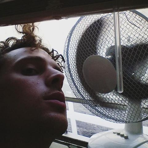 I'm a fan of this fan. #hot #studio